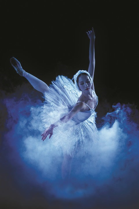 """L'Opera-Ballet national du Vietnam renoue avec la magie du """"Lac des cygnes"""" hinh anh 1"""