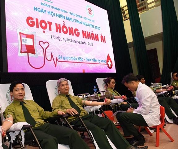 Journee nationale des donneurs de sang 2020 : coup de main pour lutter contre le COVID-19 hinh anh 1
