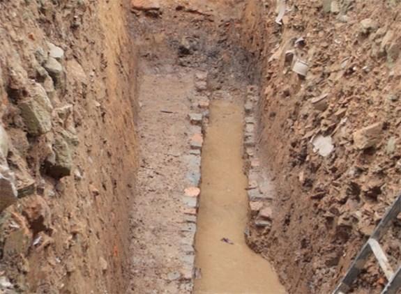 Decouverte de plusieurs reliques archeologiques dans la cite imperiale de Thang Long hinh anh 2