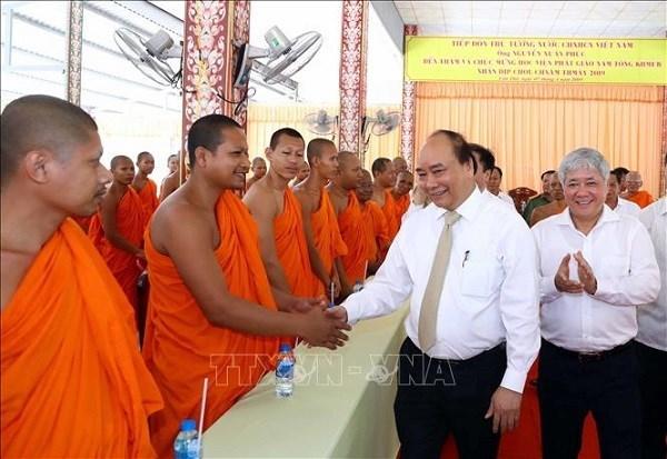 Le PM felicite les Khmers pour la fete Chol Chnam Thmay hinh anh 1