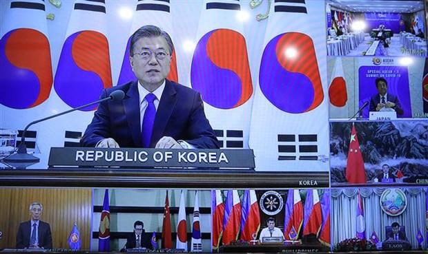 Le PM preside le Sommet special de l'ASEAN+3 par visioconference hinh anh 2