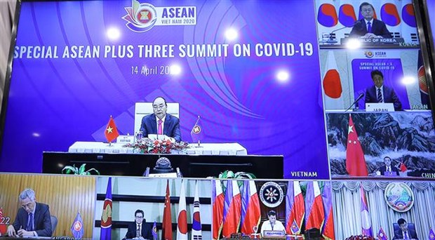Le PM preside le Sommet special de l'ASEAN+3 par visioconference hinh anh 1