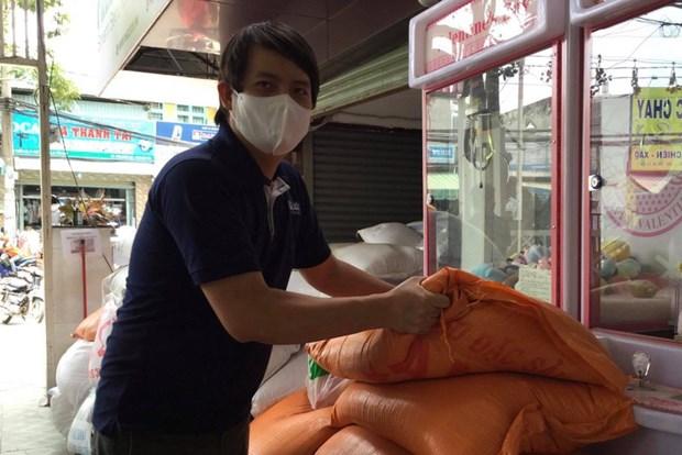 La vice-presidente felicite l'inventeur de l'ATM riz hinh anh 1