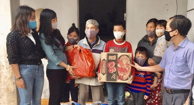 COVID-19 : Les Vietnamiens soutiennent les mesures d'urgence du gouvernement hinh anh 1