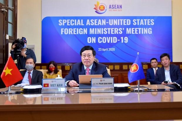 ASEAN 2020 : le Vietnam s'engage a œuvrer avec le monde contre le COVID-19 hinh anh 1