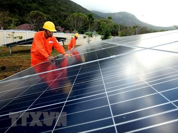 Super Energy investit 456,7 millions de dollars dans quatre centrales solaires au Vietnam hinh anh 1