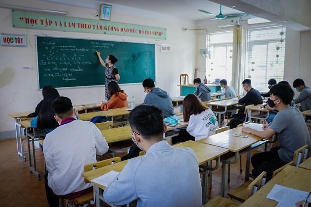 Les eleves de pres de 30 localites retournent a l'ecole hinh anh 1
