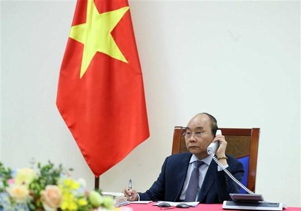 Conversation telephonique entre les PM vietnamien et japonais hinh anh 1