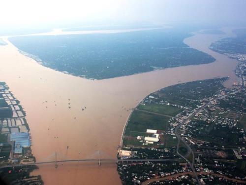 Mekong : la retention de l'eau en amont entraine de graves penuries d'eau en aval hinh anh 1