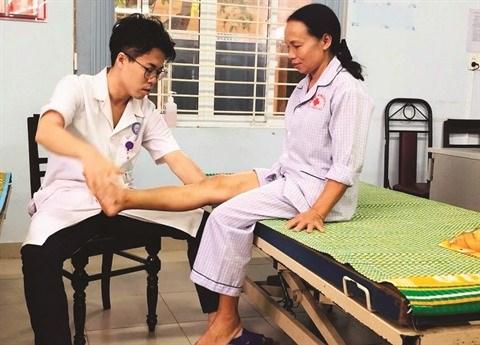 Un docteur japonais au chevet des patients paralyses hinh anh 1