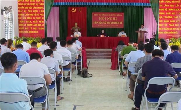 La vice-presidente de l'Assemblee nationale a l'ecoute des electeurs de Son La hinh anh 2