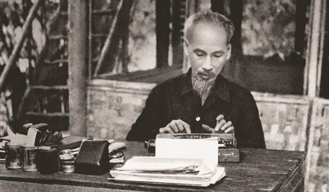 Ho Chi Minh, le grand Pere de la nation hinh anh 1