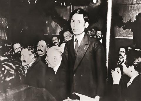 Le President Ho Chi Minh, heros de la liberation nationale hinh anh 1
