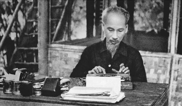Des medias algeriens saluent la moralite et l'idee du President Ho Chi Minh hinh anh 1