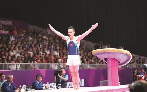 JO de Tokyo : le gymnaste Le Thanh Tung fait contre mauvaise fortune bon cœur hinh anh 1