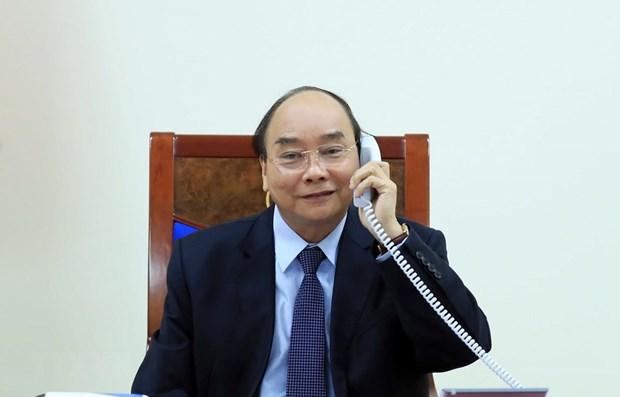 Des dirigeants vietnamien et philippin s'entretiennent par telephone hinh anh 1