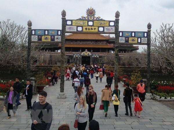 Le Vietnam accueille 3,73 millions de touristes etrangers en cinq mois hinh anh 1