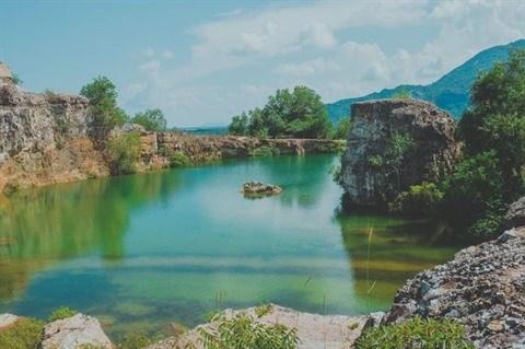 Le lac Ta Pa, le paradis des amoureux de nature a An Giang hinh anh 1