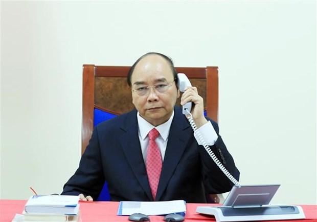 Vietnam-Singapour : les Premiers ministres s'entretiennent par telephone hinh anh 1