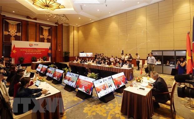 ASEAN : les ministres de l'Economie conviennent de ne pas creer davantage d'obstacles techniques hinh anh 1
