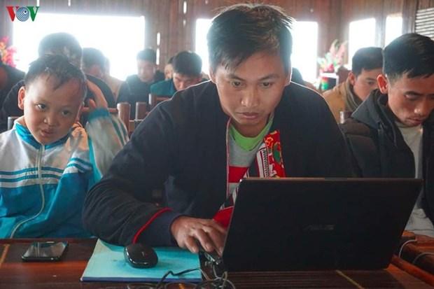 Un jeune Dao et sa cooperative de tourisme communautaire hinh anh 1