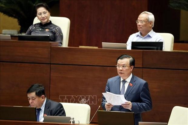 Le ministre des Finances clarifie plusieurs questions socio-economiques et budgetaires hinh anh 1
