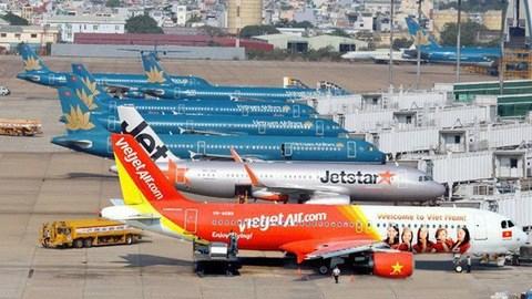 Le Vietnam examine la reprise des vols commerciaux internationaux hinh anh 1