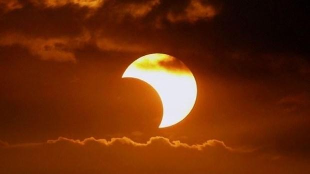 Le Vietnam s'apprete a profiter d'une rare eclipse solaire ce dimanche hinh anh 1