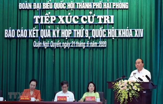 Le Premier ministre rencontre des electeurs a Hai Phong hinh anh 1