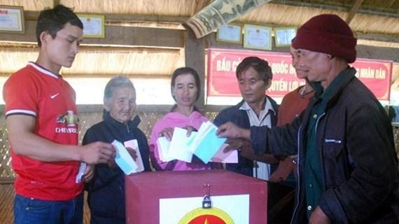 Directive du Politburo sur la direction des elections a l'AN et aux Conseils populaires hinh anh 1