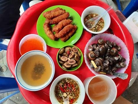Une echoppe singuliere dans la rue culinaire de Hanoi hinh anh 2