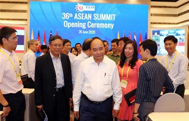 Le PM examine les preparatifs du 36e Sommet de l'ASEAN et des reunions connexes hinh anh 1