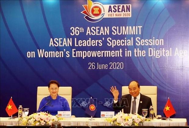 Les dirigeants de l'ASEAN debattent de l'autonomisation des femmes a l'ere numerique hinh anh 1