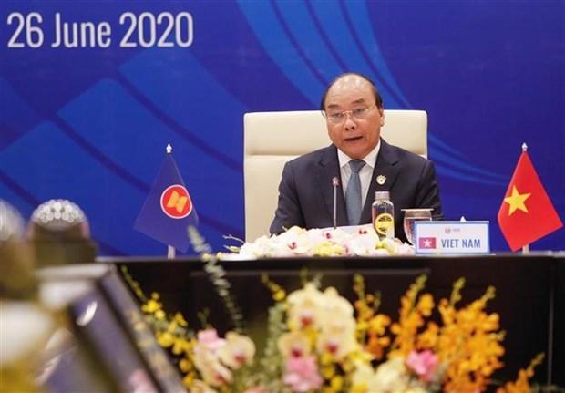 ASEAN : le PM attache de l'importance au redressement des entreprises hinh anh 1
