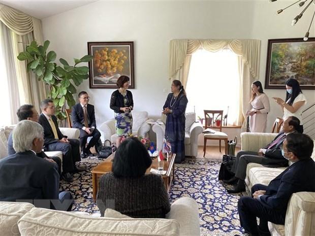 Le Vietnam assume le president du Comite de l'ASEAN en Suisse hinh anh 1