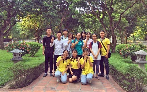 Les etudiants s'engagent a transmettre la culture et l'histoire hinh anh 1