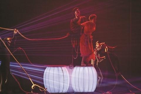 Kim Van Kieu fait un tabac sur la scene du ballet hinh anh 2
