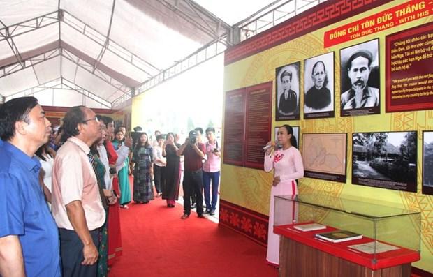 Exposition: «President Ton Duc Thang, la vie et la carriere» hinh anh 1