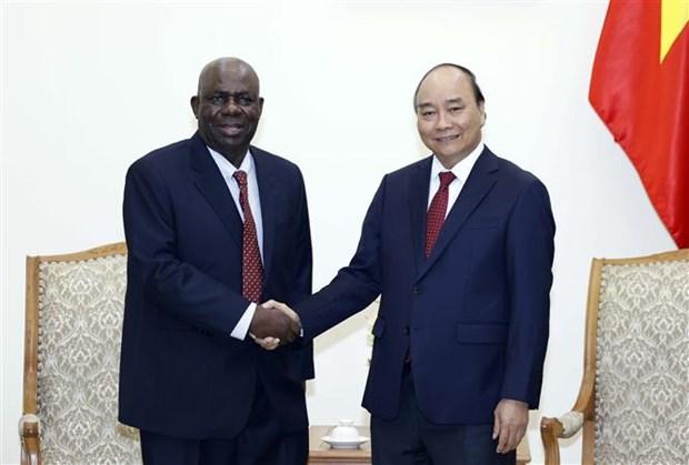 Le Premier ministre recoit l'ambassadeur du Nigeria hinh anh 1