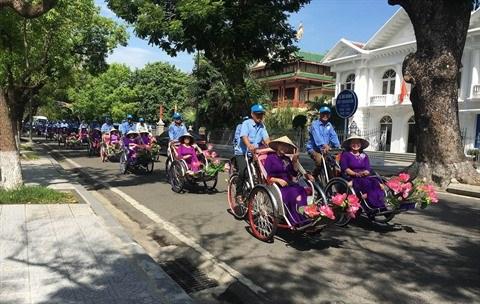 A Hue, le tourisme veut se remettre en selle grace au velo hinh anh 1