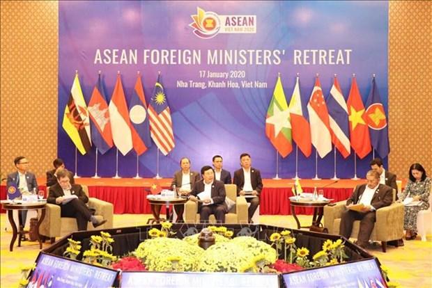ASEAN : les ministres des AE soulignent l'importance du maintien de la paix en Asie du Sud-Est hinh anh 1