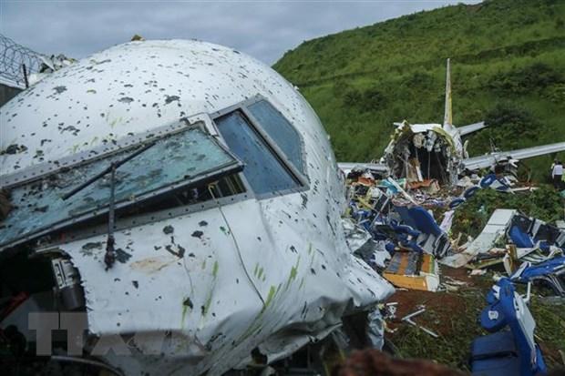 Crash d'avion : condoleances a l'Inde hinh anh 1