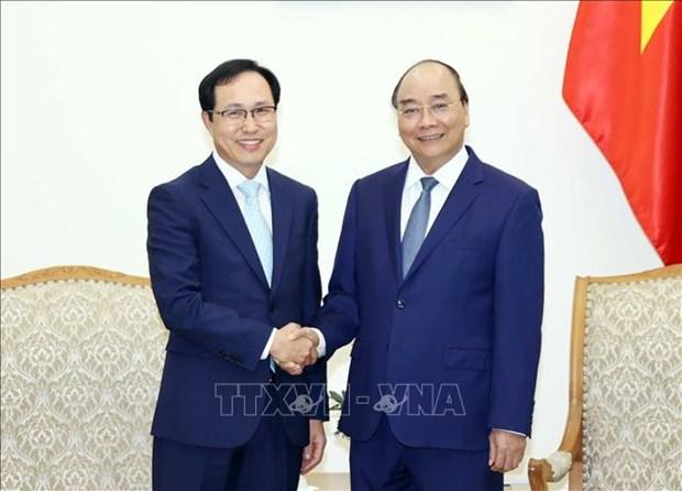 Le Premier ministre Nguyen Xuan Phuc recoit le directeur general de Samsung Vietnam hinh anh 1