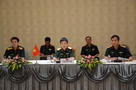 Vietnam et Singapour promeuvent leur cooperation dans la defense hinh anh 1