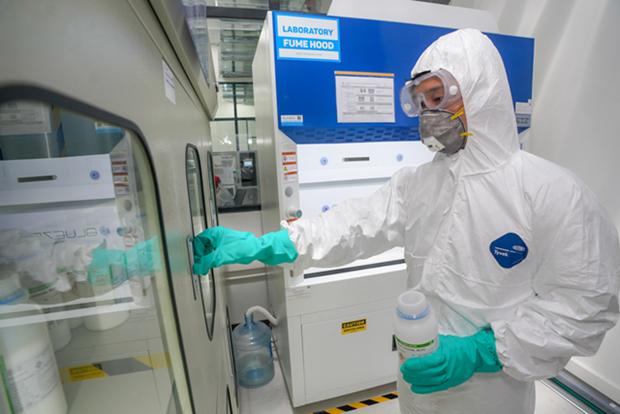 Vingroup s'associe a Medtronic pour produire des composants de respirateurs hinh anh 1