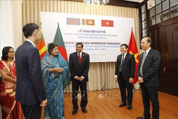 Le Vietnam aide le Bangladesh et le Sri Lanka a combattre le COVID-19 hinh anh 1