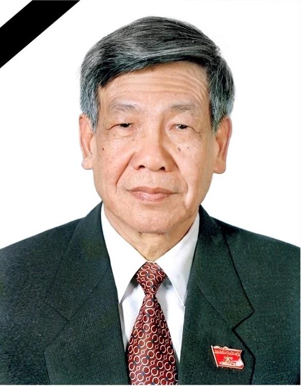Les hommages se succedent suite au deces de l'ex-secretaire general Le Kha Phieu hinh anh 1
