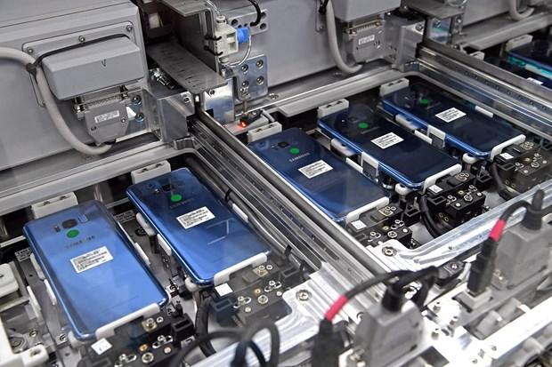 Une chaine de fabrication de smarnie avoir transfere sa production de smartphones du Vietnam en Inde hinh anh 1