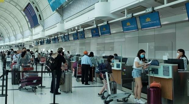 Pres de 320 Vietnamiens au Canada rapatries hinh anh 1