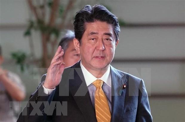 Le PM Abe Shinzo contribue considerablement au developpement des liens Vietnam-Japon hinh anh 1